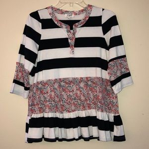 Umgee Striped Floral Ruffle Top Size Small